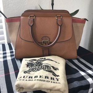 Burberry Harcourt Brit grainy canvas check med